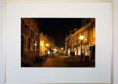 Adrey Caljé - Leidschendam-Voorburg bij nacht - Herenstraat